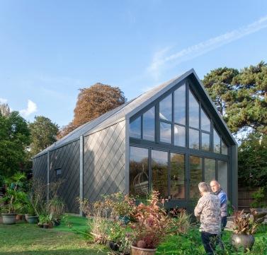©Baca-UK 1st Amphibious House-unveiled